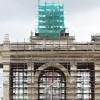 Завершилась реставрация скульптуры «Тракторист и колхозница» на арке главного входа ВДНХ