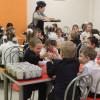 Мини-крендели и бутерброды чаще всего запрещают покупать родители школьникам