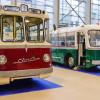 """Синий троллейбус Окуджавы и автобус из «Операция """"Ы""""»: на Urban Transport показали ретромодели"""