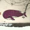 Вот такой грустный милый кит притаился на углу дома по Октябрьской улице